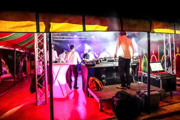 Perfekter Spot für eine Feier mit Live Musik & DJ bis 3 Uhr morgens