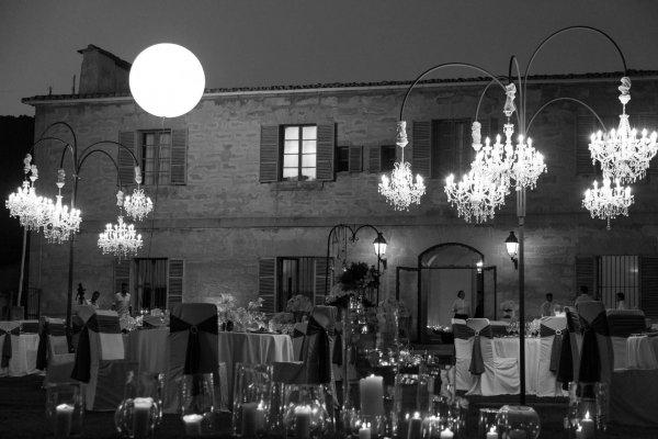 Stilechter kann man wohl kein Candle Light Dinner unter freiem Himmel arrangieren...beeindruckendes Lichtspiel, perfekt abgestimmt mit dem Luna Llena
