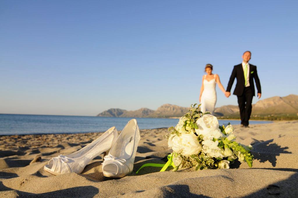 was kostet eine strandhochzeit heiraten und feiern auf mallorca. Black Bedroom Furniture Sets. Home Design Ideas