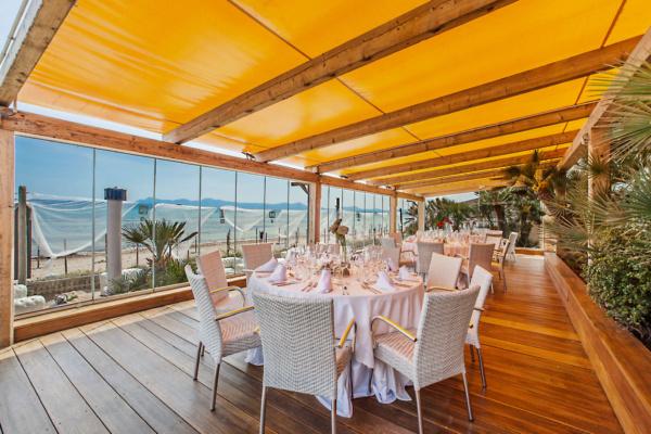 Wählt aus 3 separat buchbaren Terrassen für Eure Hochzeit direkt am Strand von Mallorca