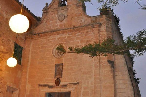Außenansicht der Iglesia Romantica