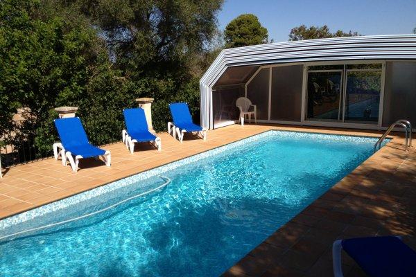 Euer Platz für erholsame Tage am Pool